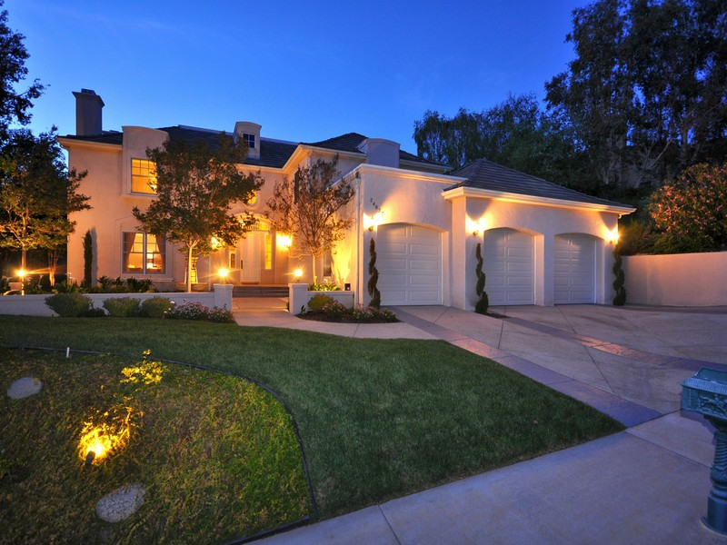 Single Family Home for Sale at 24837 Paseo Del Rancho Calabasas, California 91302 United States