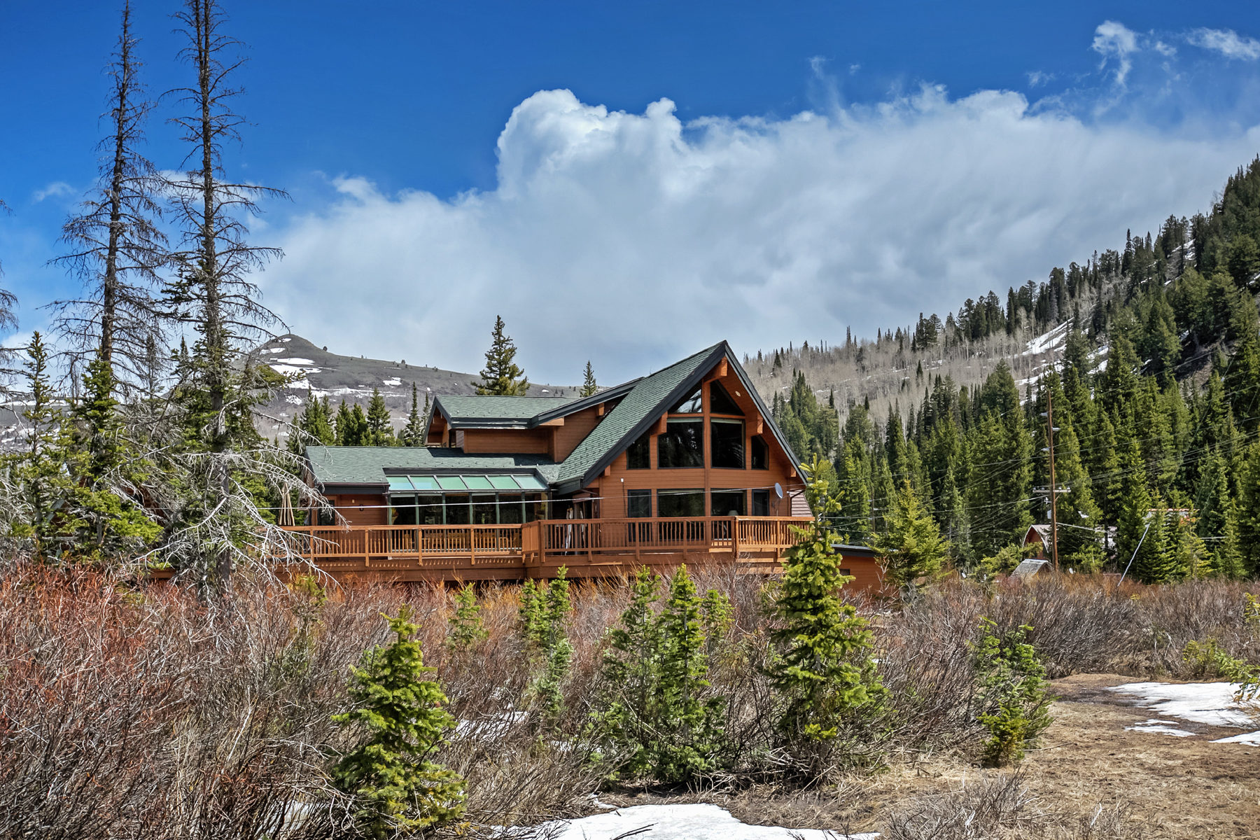 Maison unifamiliale pour l Vente à Spectacular Year Round Luxury Ski Home 7958 S Big Cottonwood Canyon Rd Brighton, Utah, 84121 États-Unis