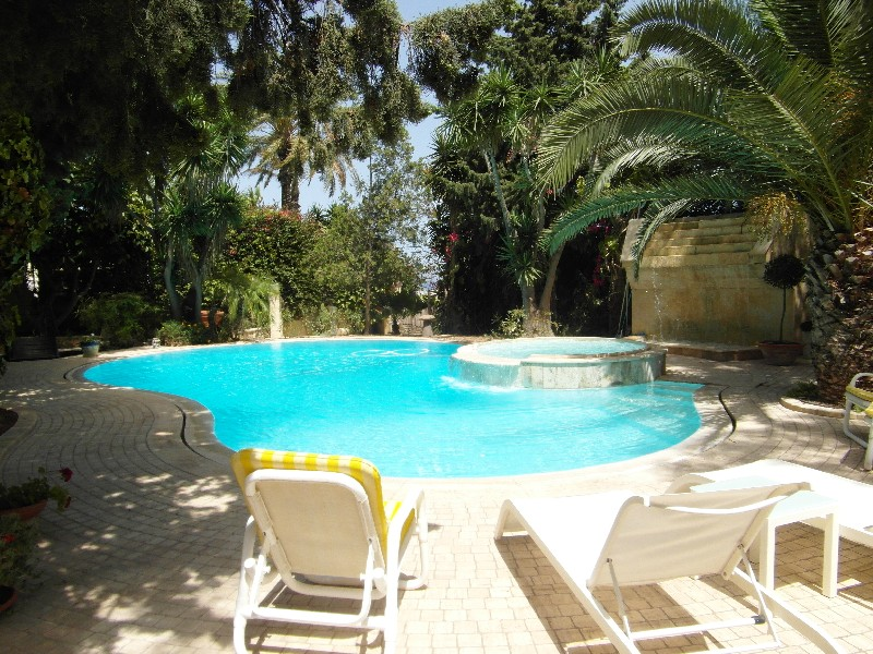 Single Family Home for Sale at Majestic Fully Detached Villa Madliena, Malta
