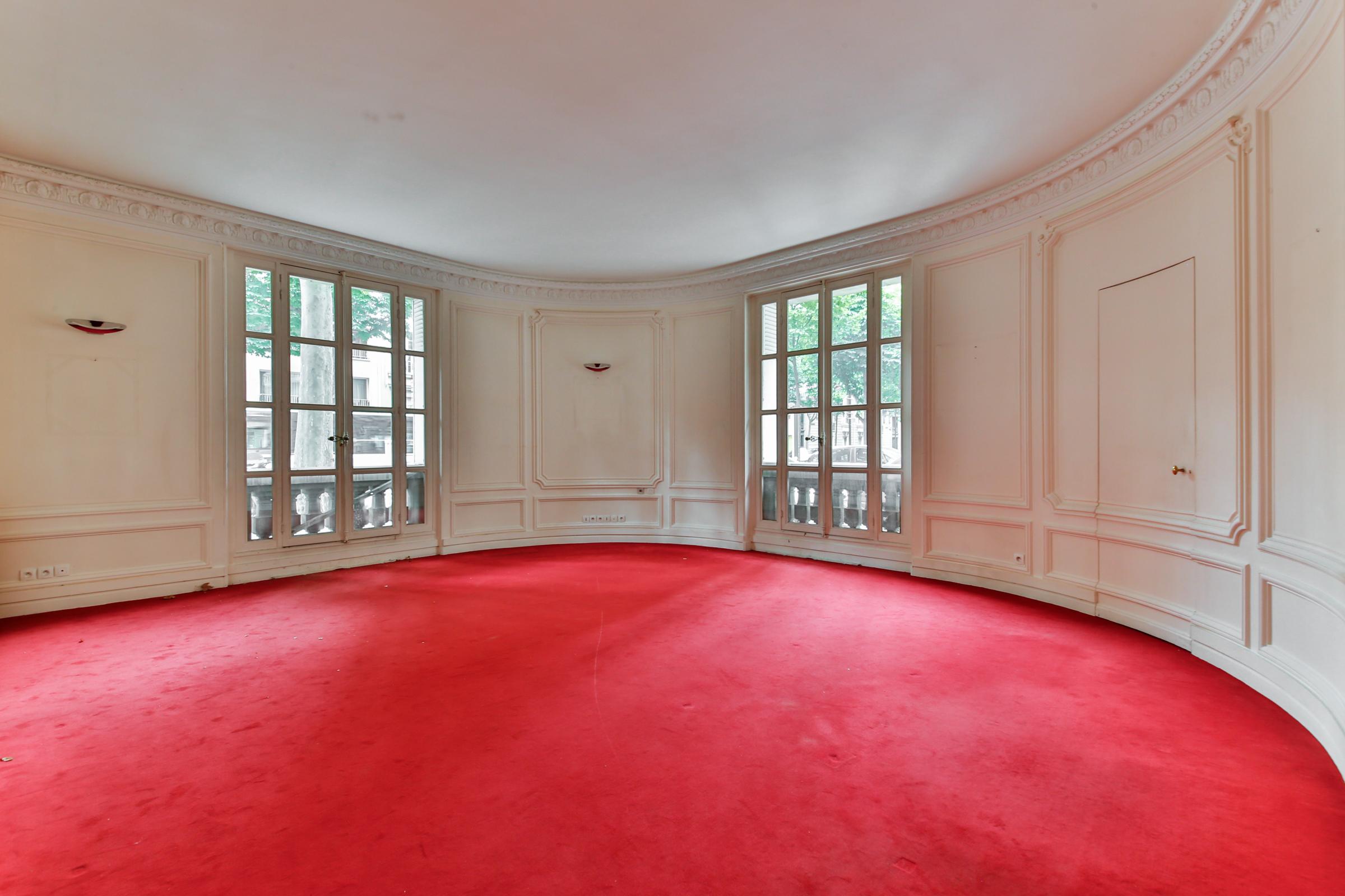 アパート のために 売買 アット Apartment - Bd Malesherbes - Lycée Carnot Paris, パリ 75017 フランス