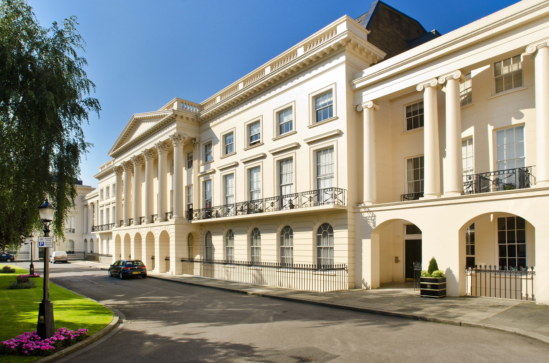 Квартира для того Продажа на Clarence Terrace London, Англия NW14RD Великобритания