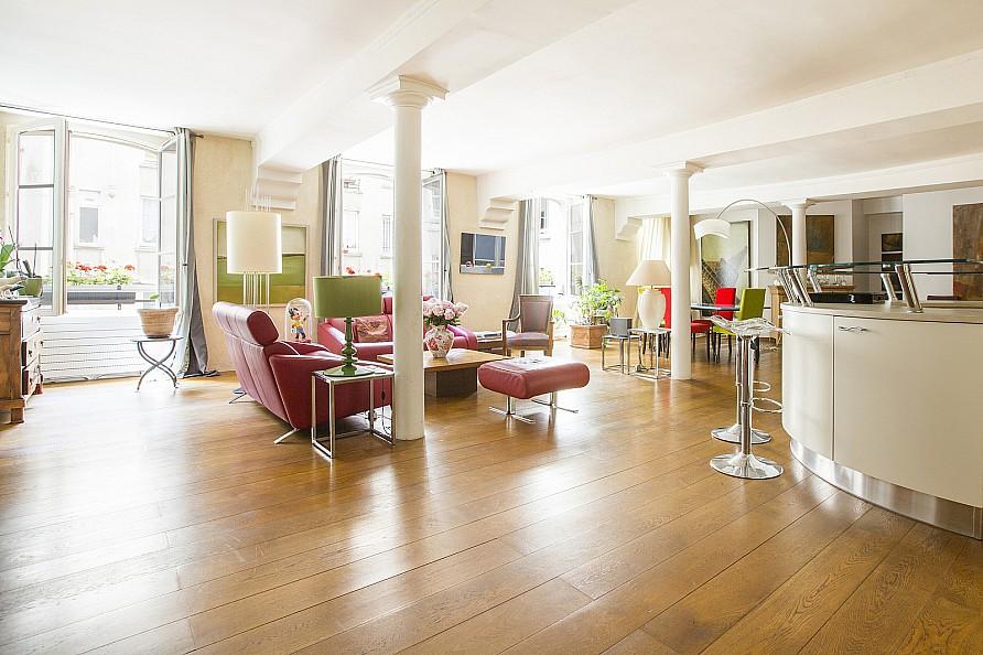 公寓 為 出售 在 Apartment near Arts et Metiers Paris, 巴黎 75004 法國