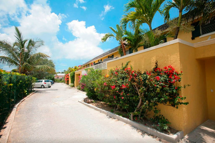 Additional photo for property listing at Vitamin Sea Beach House Compass Point, West Bay Street, New Providence/Nassau Bahamas