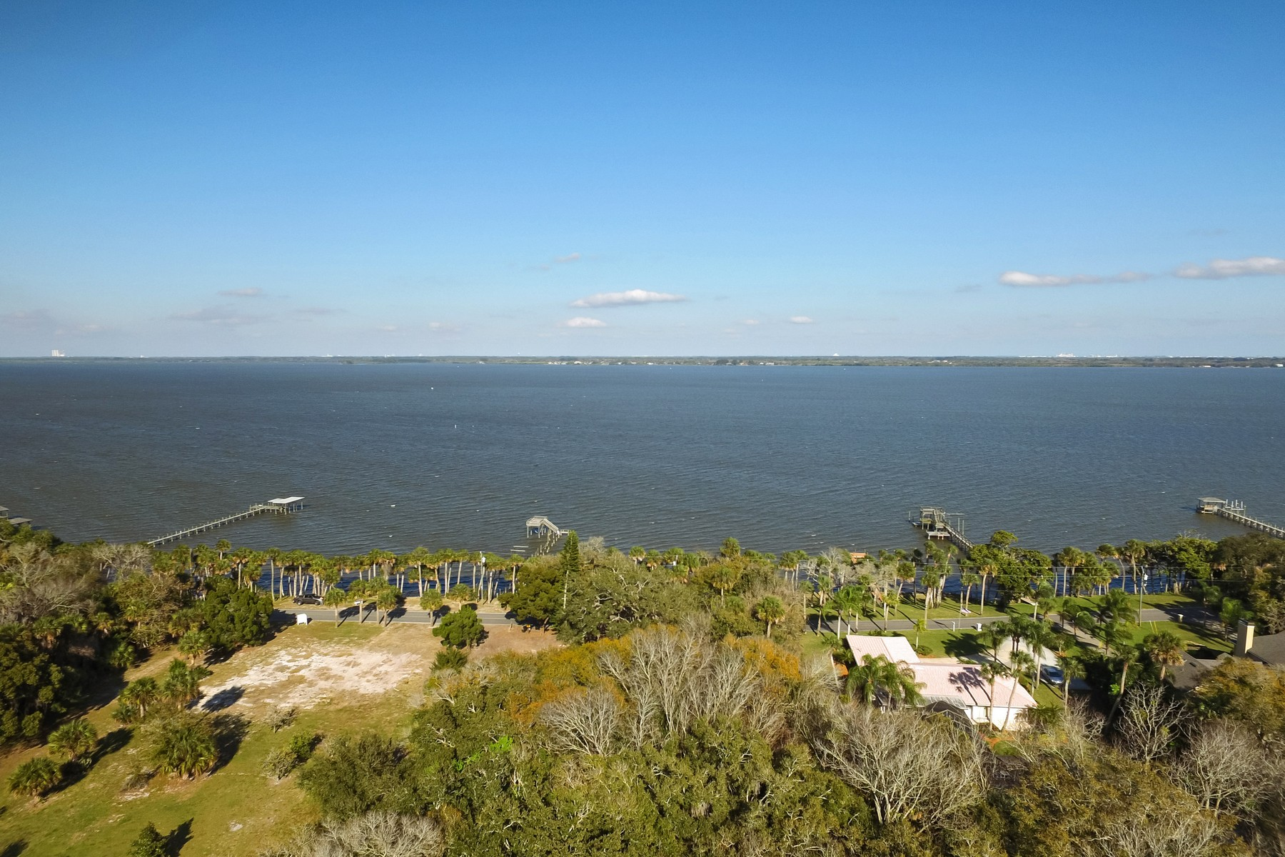 토지 용 매매 에 3885 Indian River Drive Cocoa, 플로리다, 32926 미국