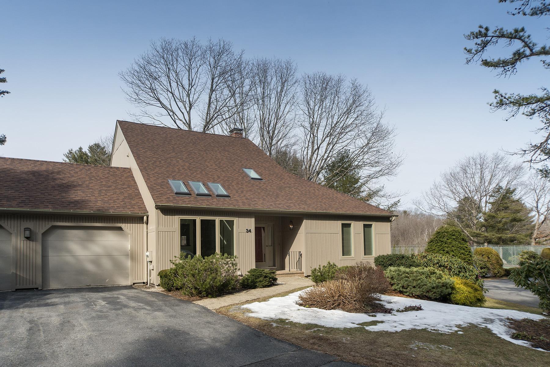 Condominium for Sale at 34 Wildwood Drive 34 Wildwood Drive Unit 34 Cape Elizabeth, Maine, 04107 United States