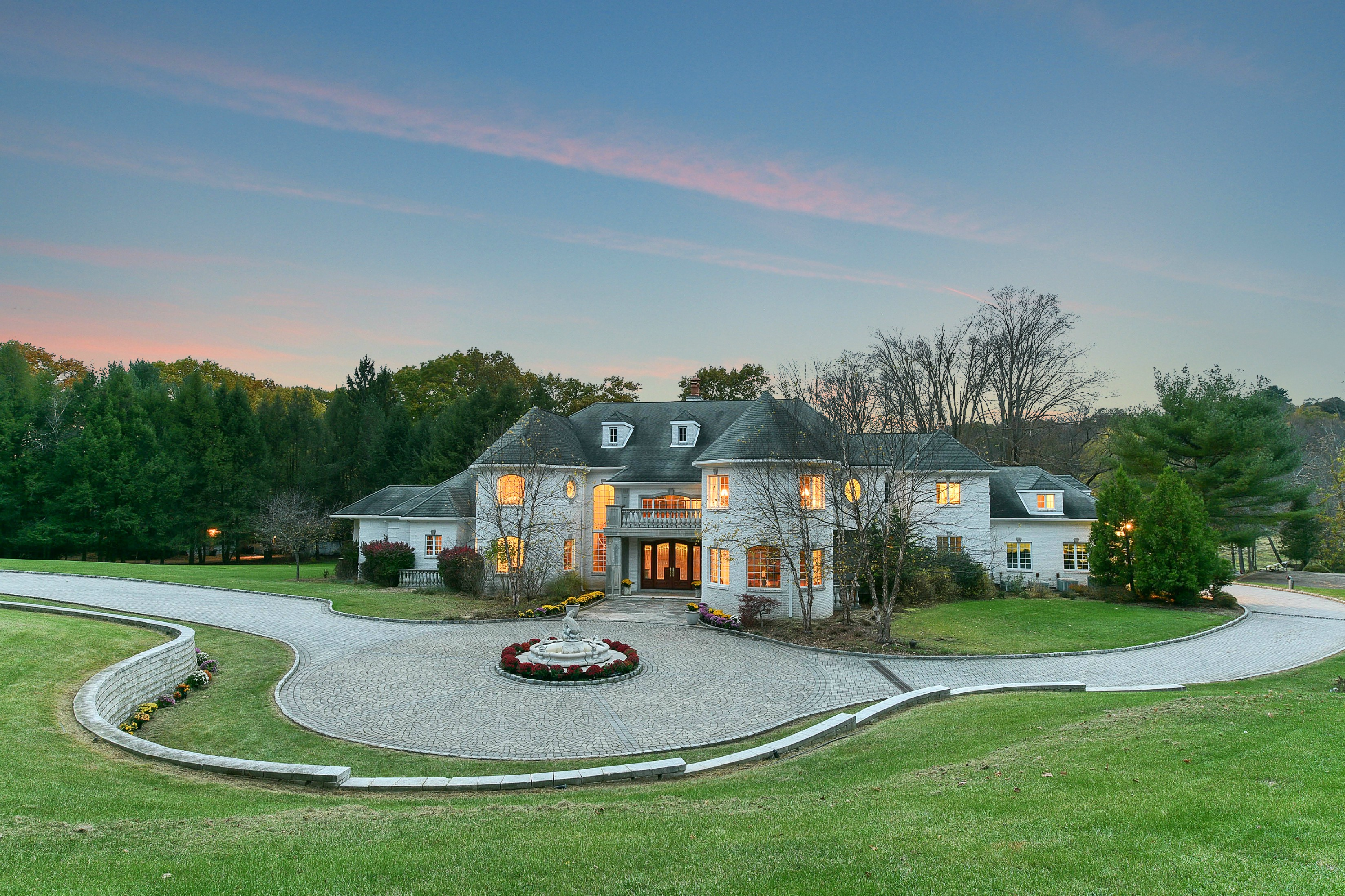Single Family Home for Sale at Luxurious Manor Estate 229 E Saddle River Rd Saddle River, 07458 United States