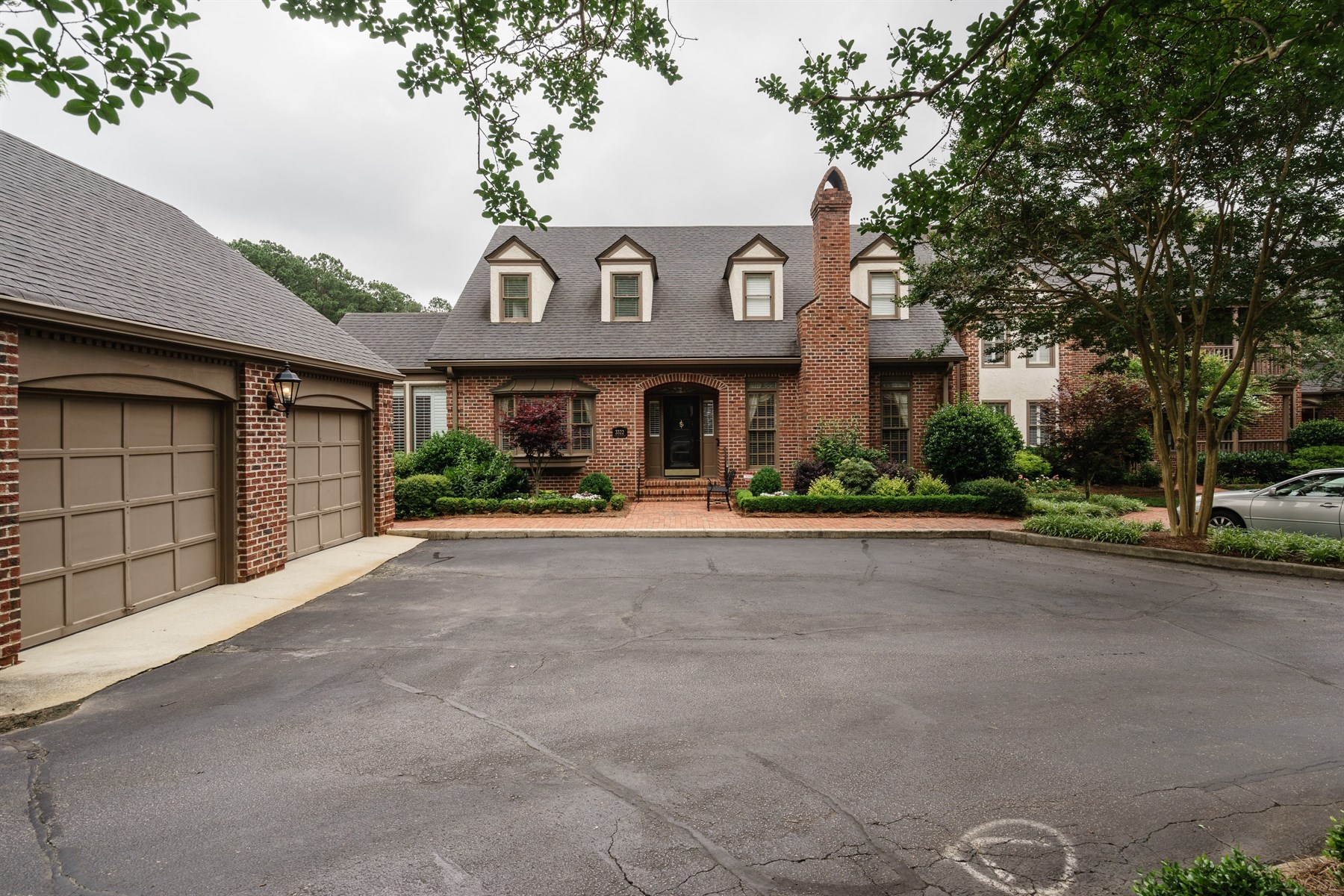 sales property at Classic Townhouse in Charleston Ridge