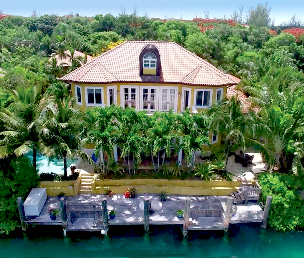 Single Family Home for Sale at Venetian, Old Fort Bay Old Fort Bay, Nassau And Paradise Island Bahamas