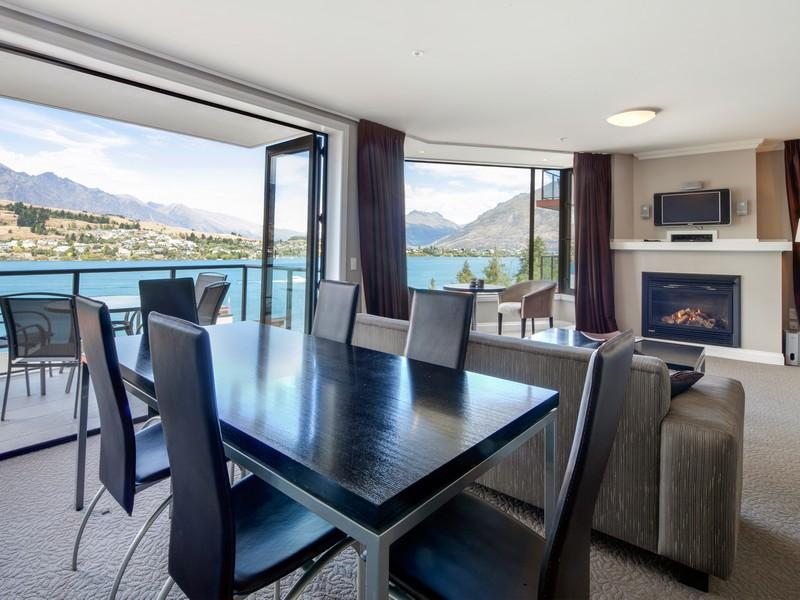 Appartement pour l Vente à Apartment 803/803A Oaks Shores, 327 Frankton Road, Queenstown 803/327 Frankton Road Queenstown, Southern Lakes 9300 Nouvelle-Zélande