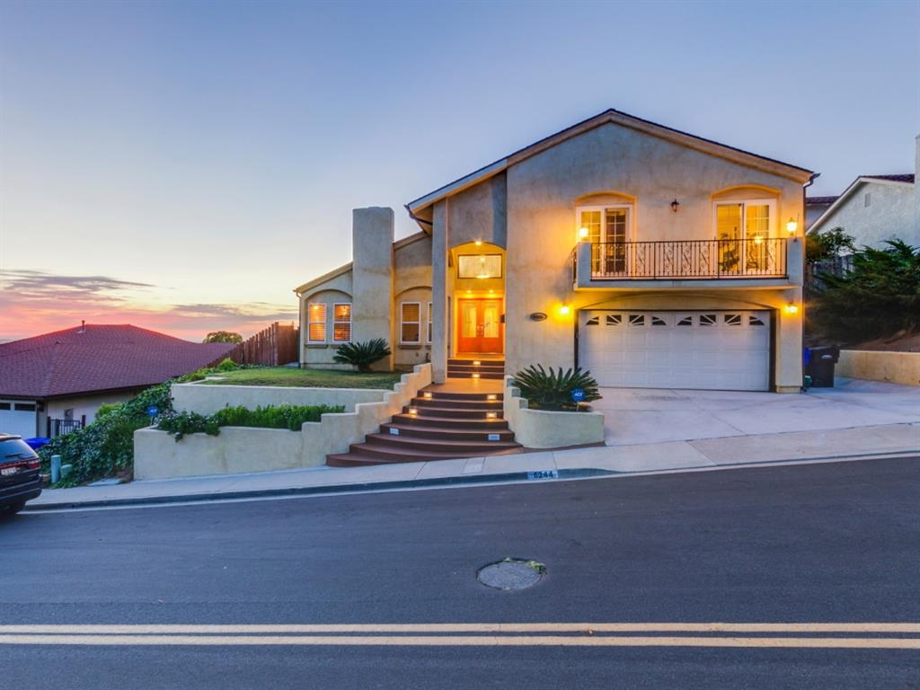 Casa para uma família para Venda às 6244 Camino Del Rincon Del Cerro, San Diego, Califórnia 92120 Estados Unidos
