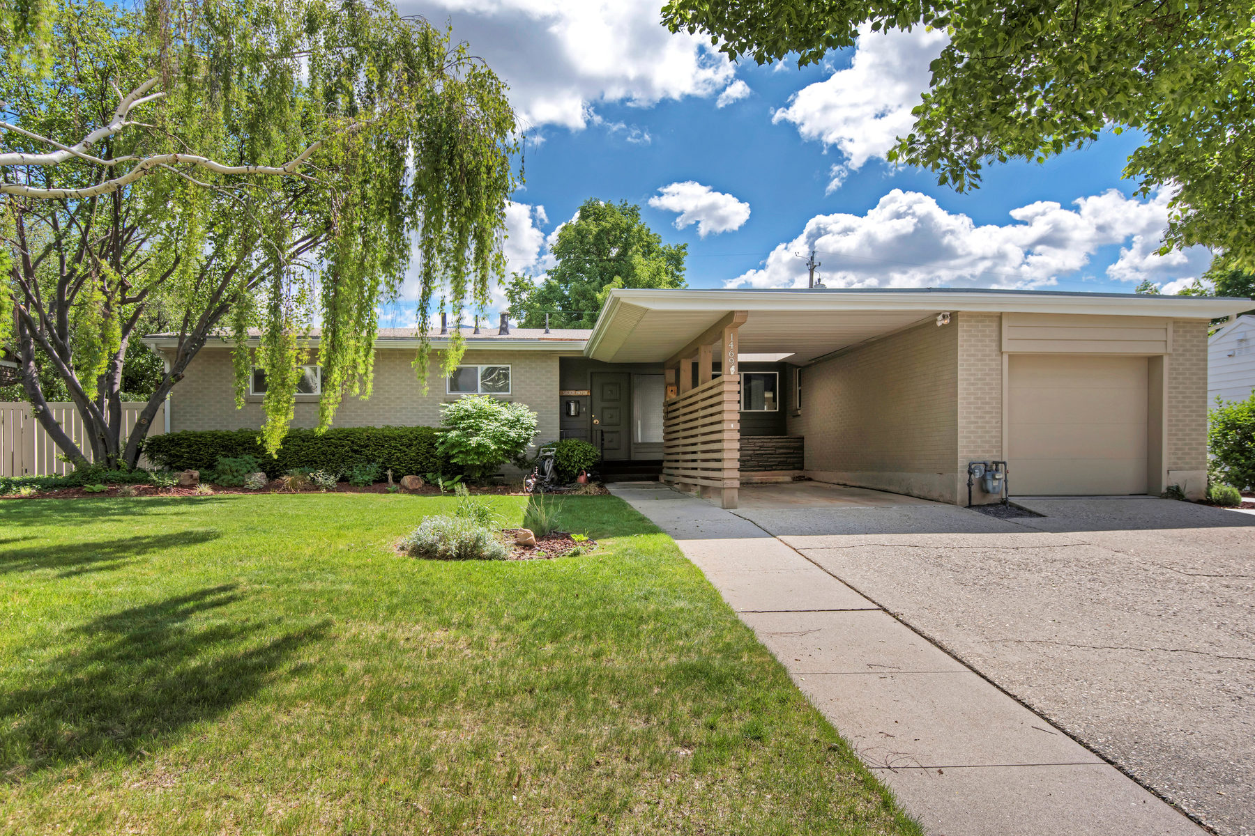 Single Family Home for Sale at Classic Style with Modern Twist 1469 S Yuma Salt Lake City, Utah, 84108 United States