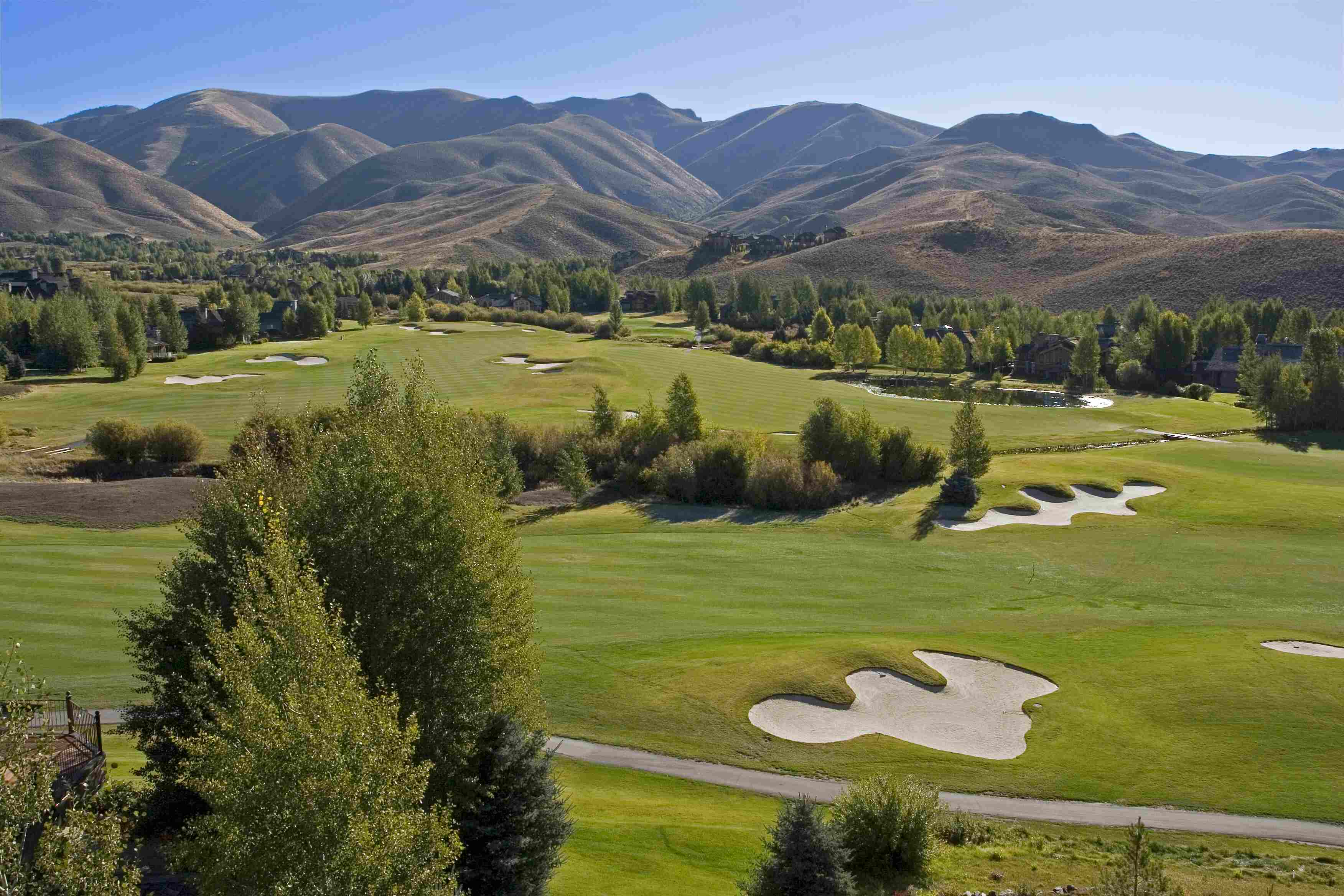 Additional photo for property listing at Ridge Condo on Golf Course 2686 Ridge Lane Sun Valley, Idaho 83353 United States