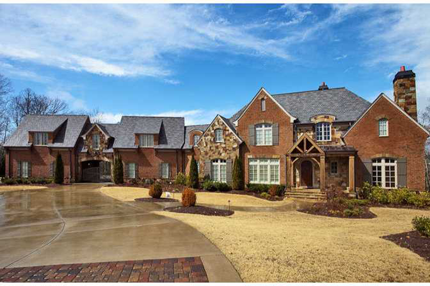 Property For Sale at Entertainer's Dream Home On 3+ Acres