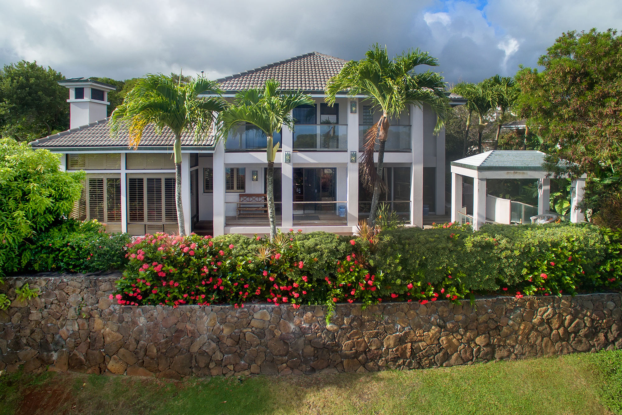 Property For Sale at Exclusive Waialae Iki Oasis