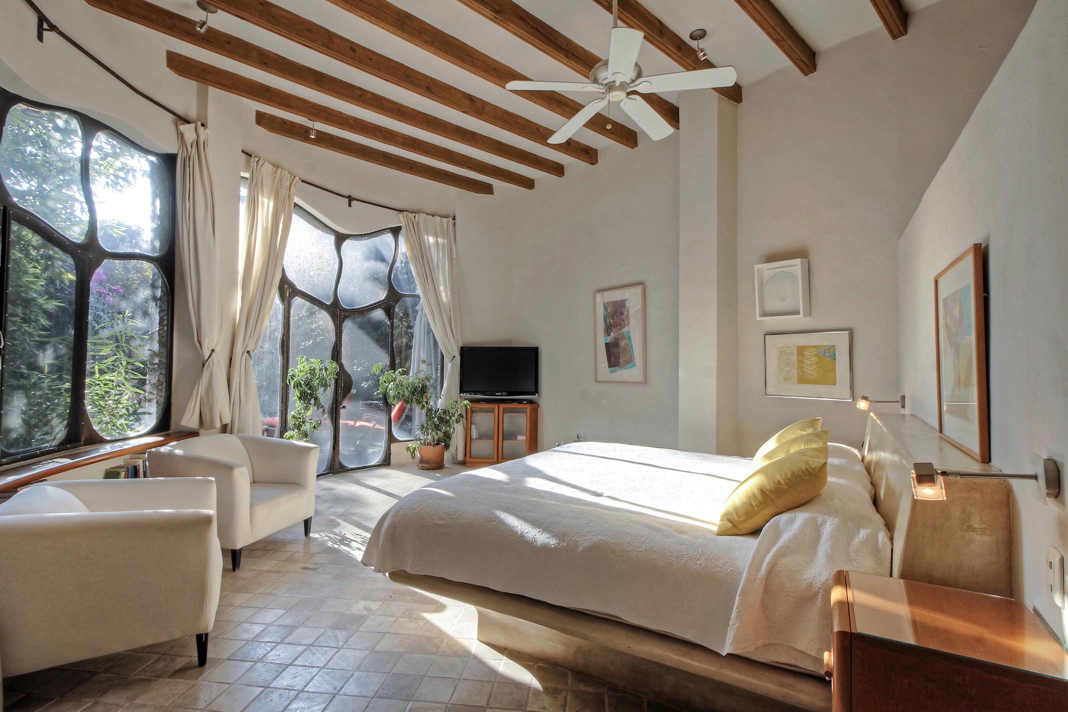 Nhà ở một gia đình vì Bán tại Casa Gaudi Hernandez Macias #23 San Miguel De Allende, Guanajuato, 37700 Mexico