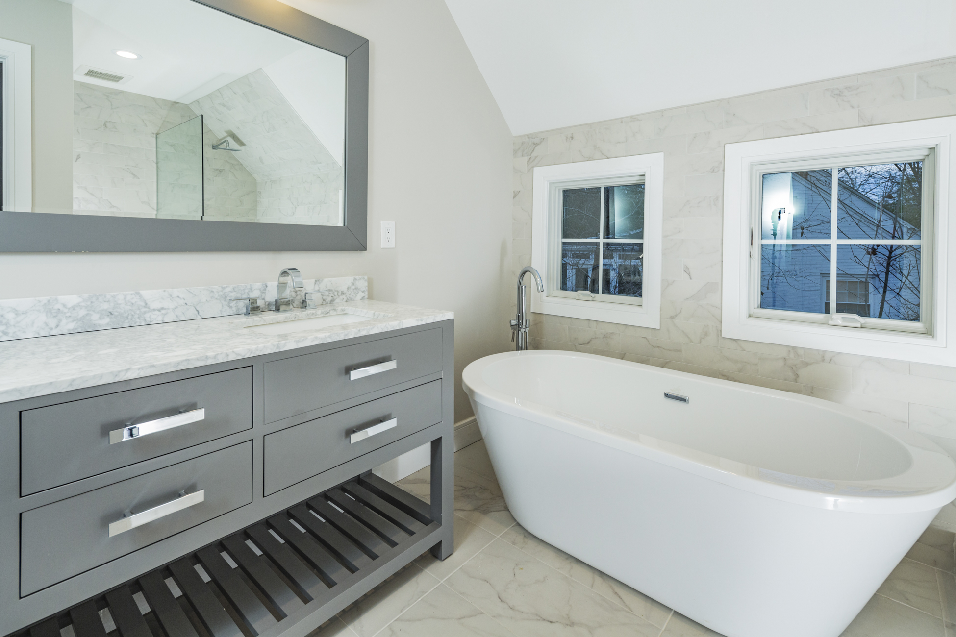 Additional photo for property listing at Beautiful New Construction Close to Downtown 12 Rollingmead Street Princeton, New Jersey 08540 United States