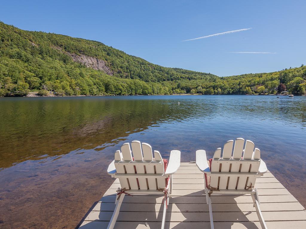 Tek Ailelik Ev için Satış at Megunticook Lake Cottage 9 Woodland Road Camden, Maine 04843 Amerika Birleşik Devletleri