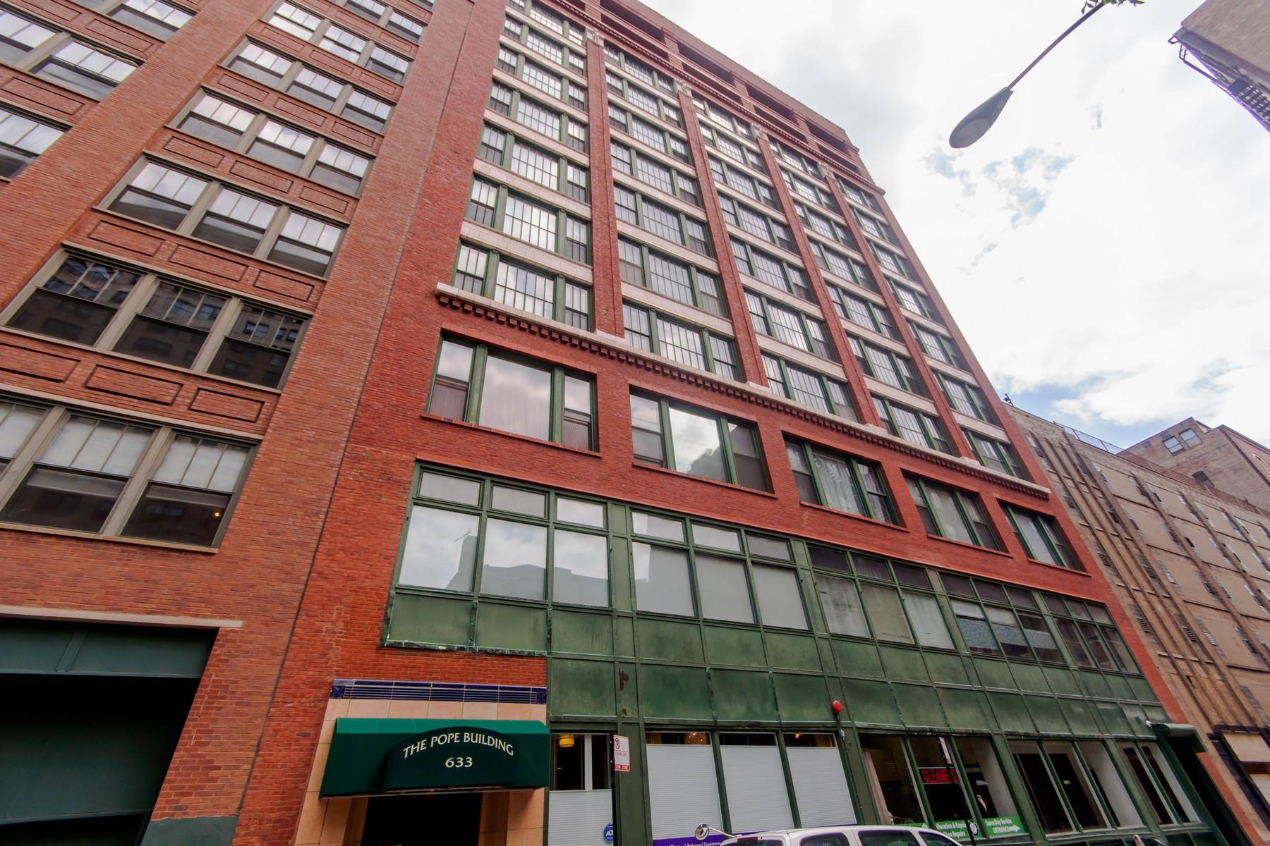 콘도미니엄 용 매매 에 Gorgeous One Bedroom Loft In Printers Row 633 S Plymouth Court Unit 906 Chicago, 일리노이즈, 60605 미국