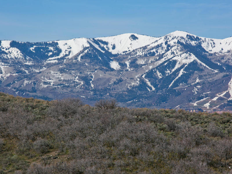 Land for Sale at Deer Valley, Park City and Pete Dye Golf Course Views from this quiet cul-de-sac 8628 N Sunset Cir Lot 33 Park City, Utah 84098 United States