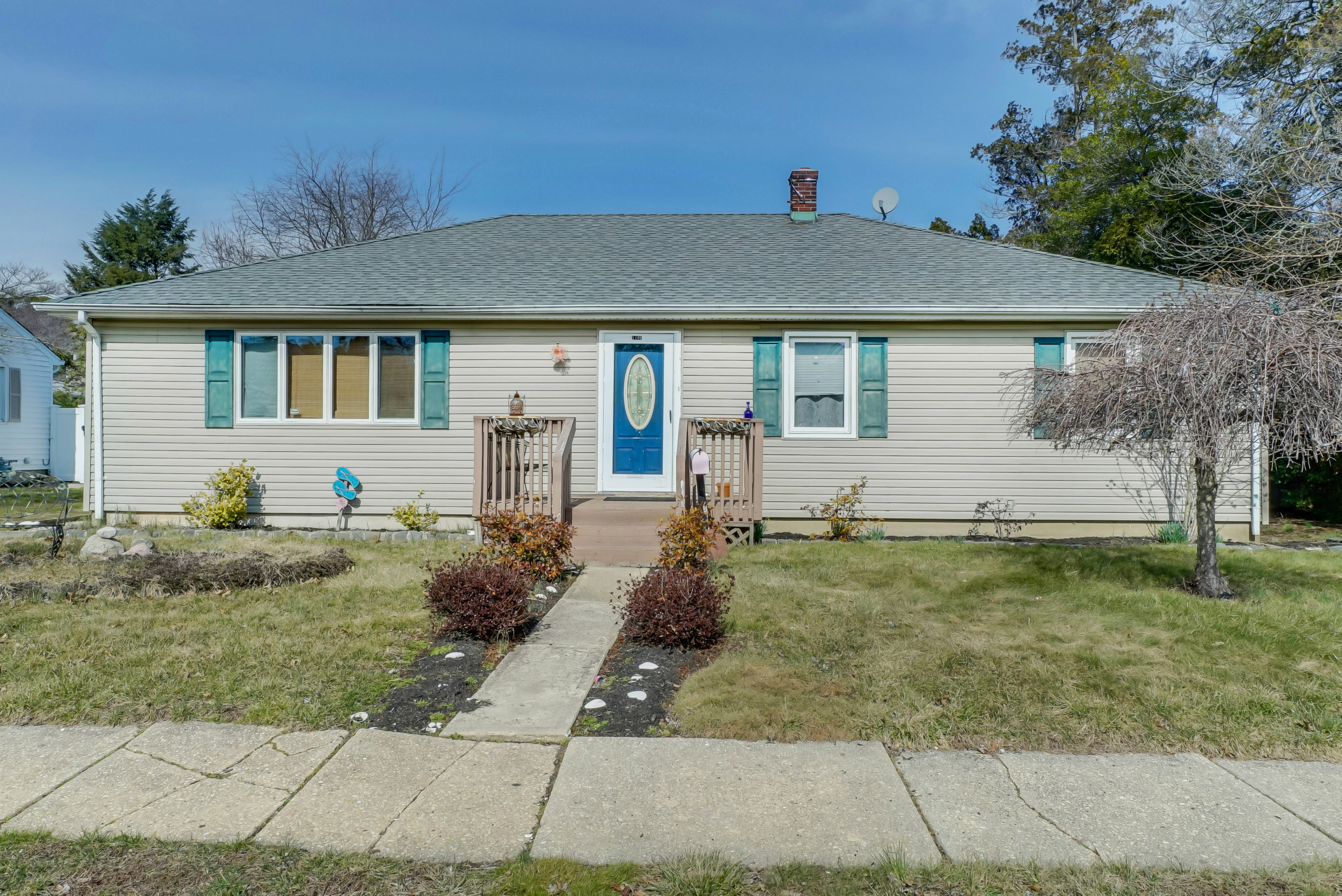 Single Family Home for Sale at Desirable Location 1108 Lakewood Road Manasquan, New Jersey, 08736 United States
