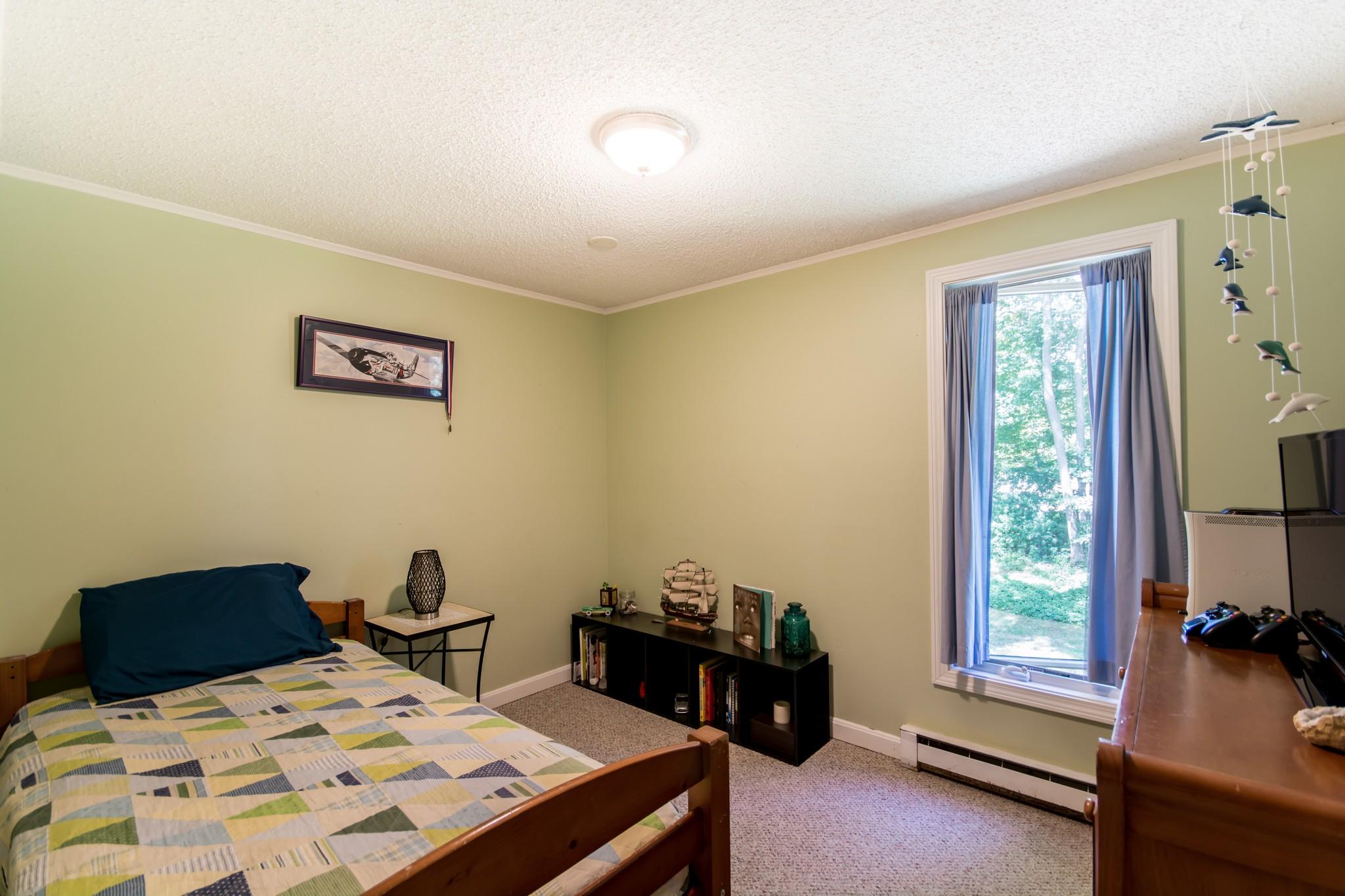 Additional photo for property listing at Jamestown Shores 20 Hull Street 詹姆斯敦, 罗得岛 02835 美国