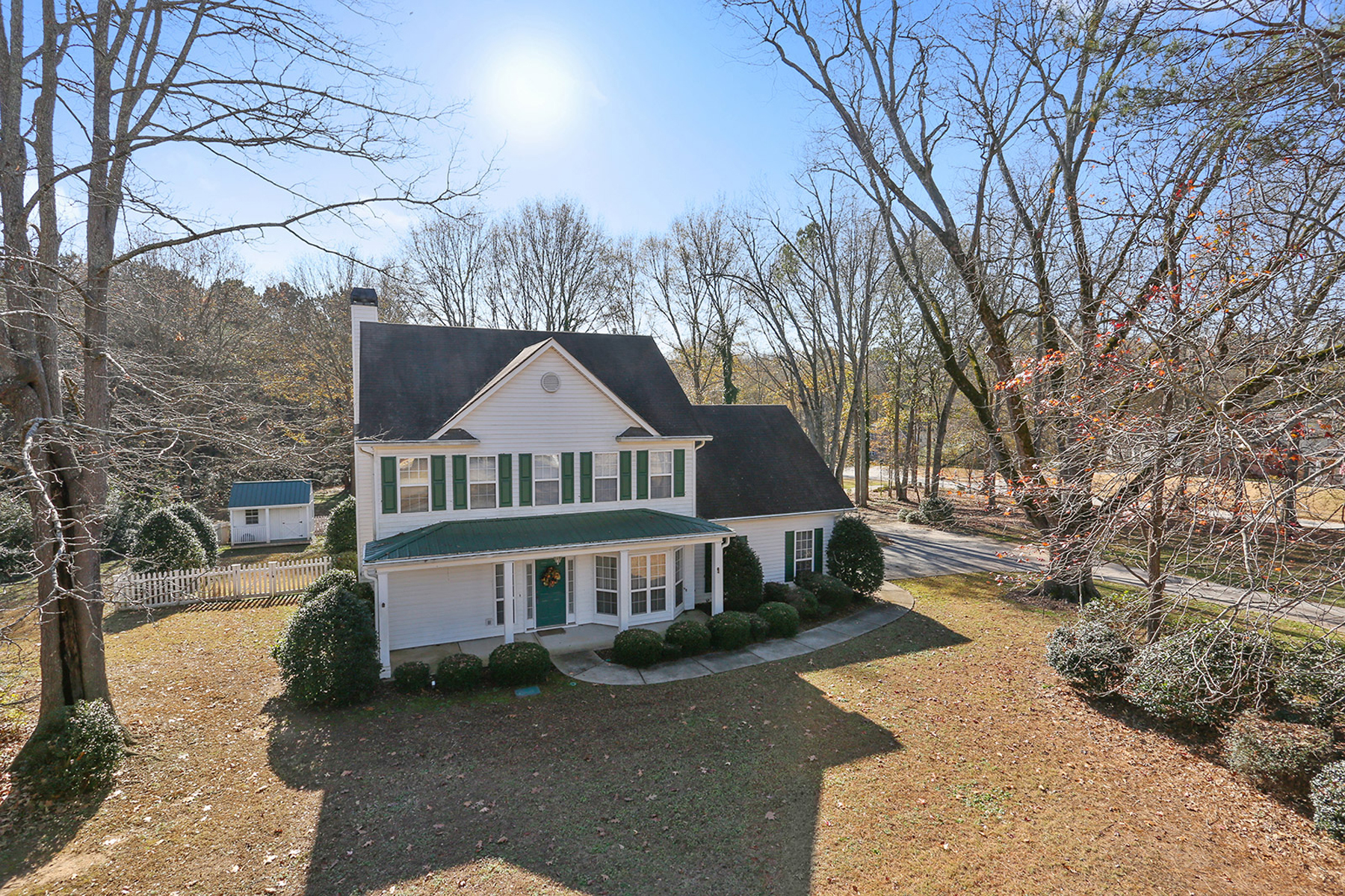 Maison unifamiliale pour l Vente à Close To Pinewood Studios 100 Dorsett Drive Fayetteville, Georgia 30214 États-Unis