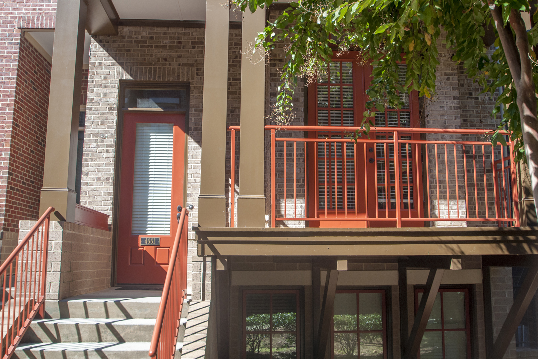 Property For Sale at Three Bedroom, Three And A Half Bath Townhome For Lease In Dunwoody