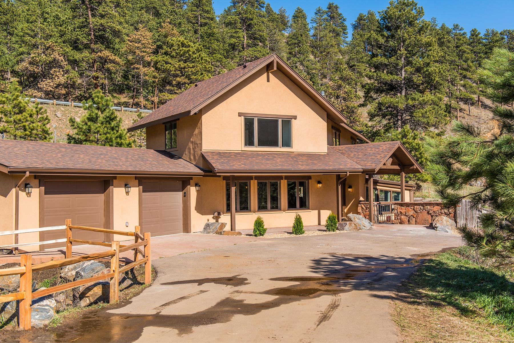 独户住宅 为 销售 在 Great home with Mountain lifestyle without loosing city access 23605 Rockland Rd Golden, 科罗拉多州 80401 美国