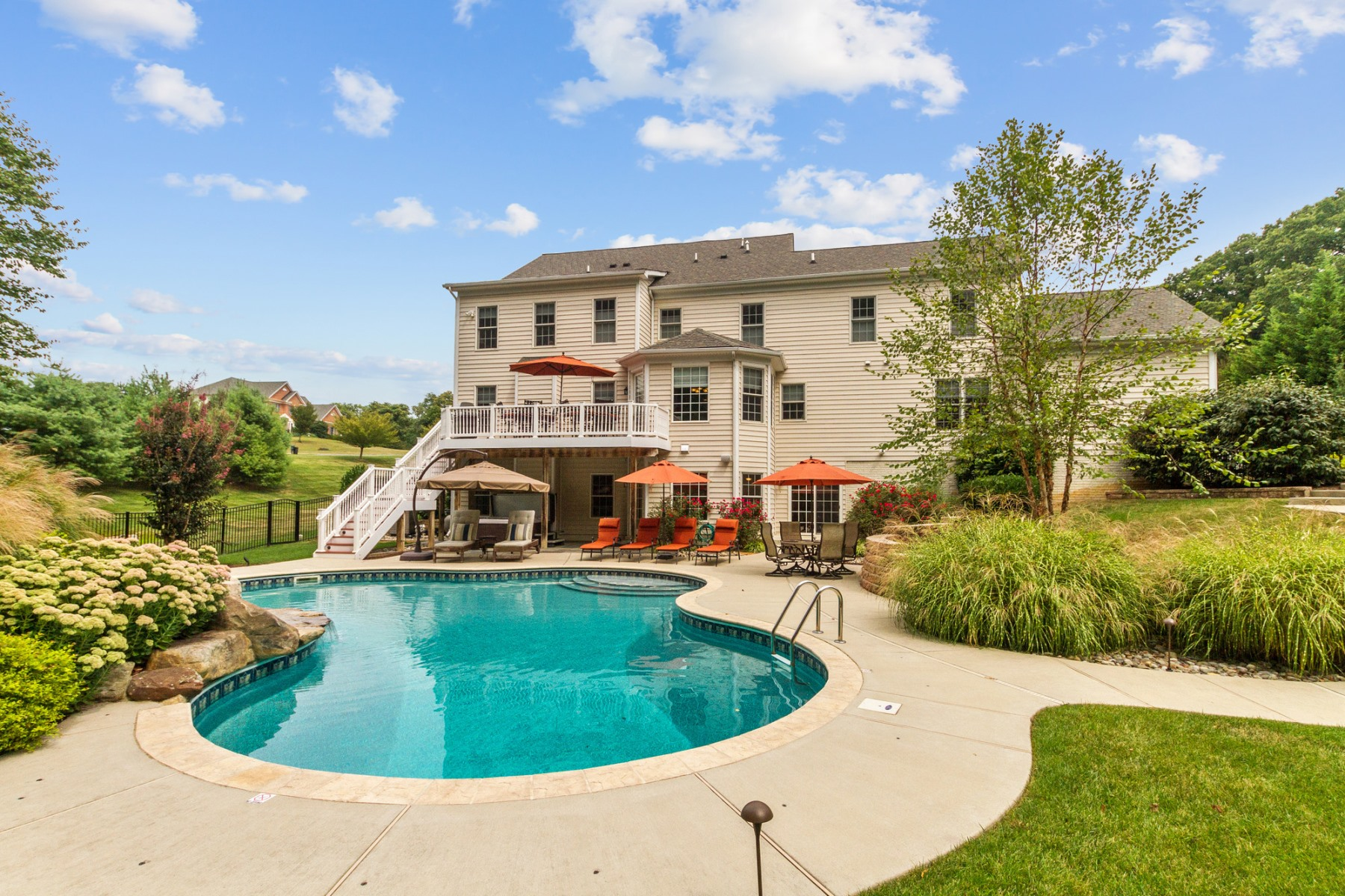 Additional photo for property listing at 9013 Magruder Knolls Court, Gaithersburg 9013 Magruder Knolls Ct Gaithersburg, Maryland 20882 Estados Unidos