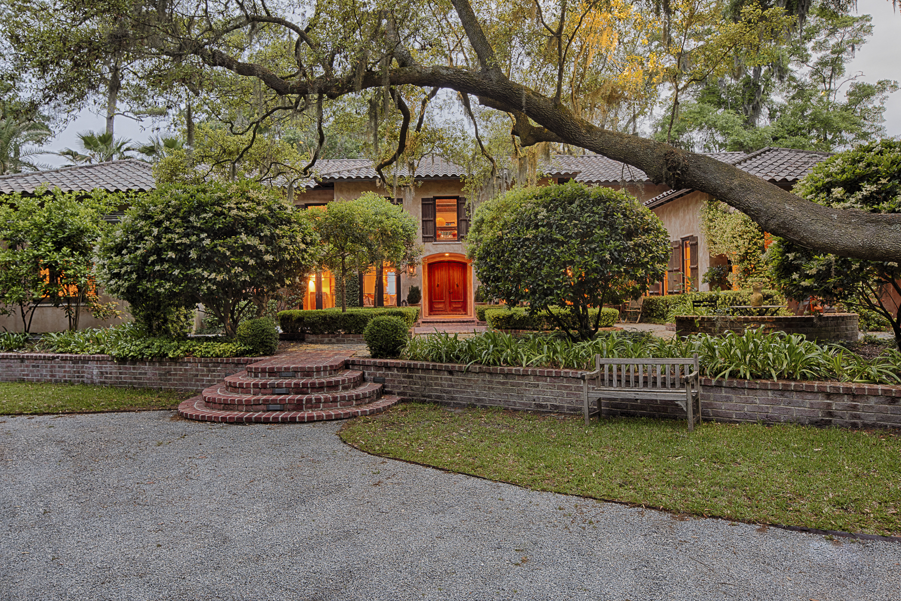 Villa per Vendita alle ore 54 Brams Point Road Hilton Head Island, Carolina Del Sud 29926 Stati Uniti