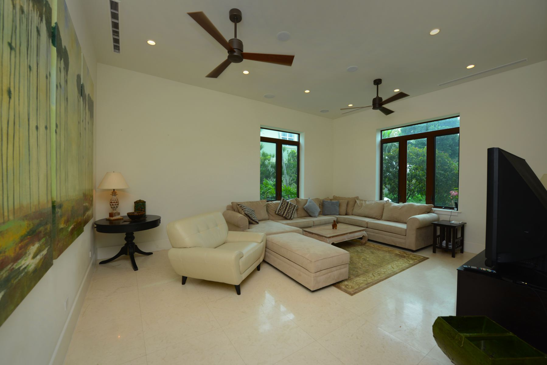 Additional photo for property listing at Kisskadee Close West West Bay Street, New Providence/Nassau Bahamas