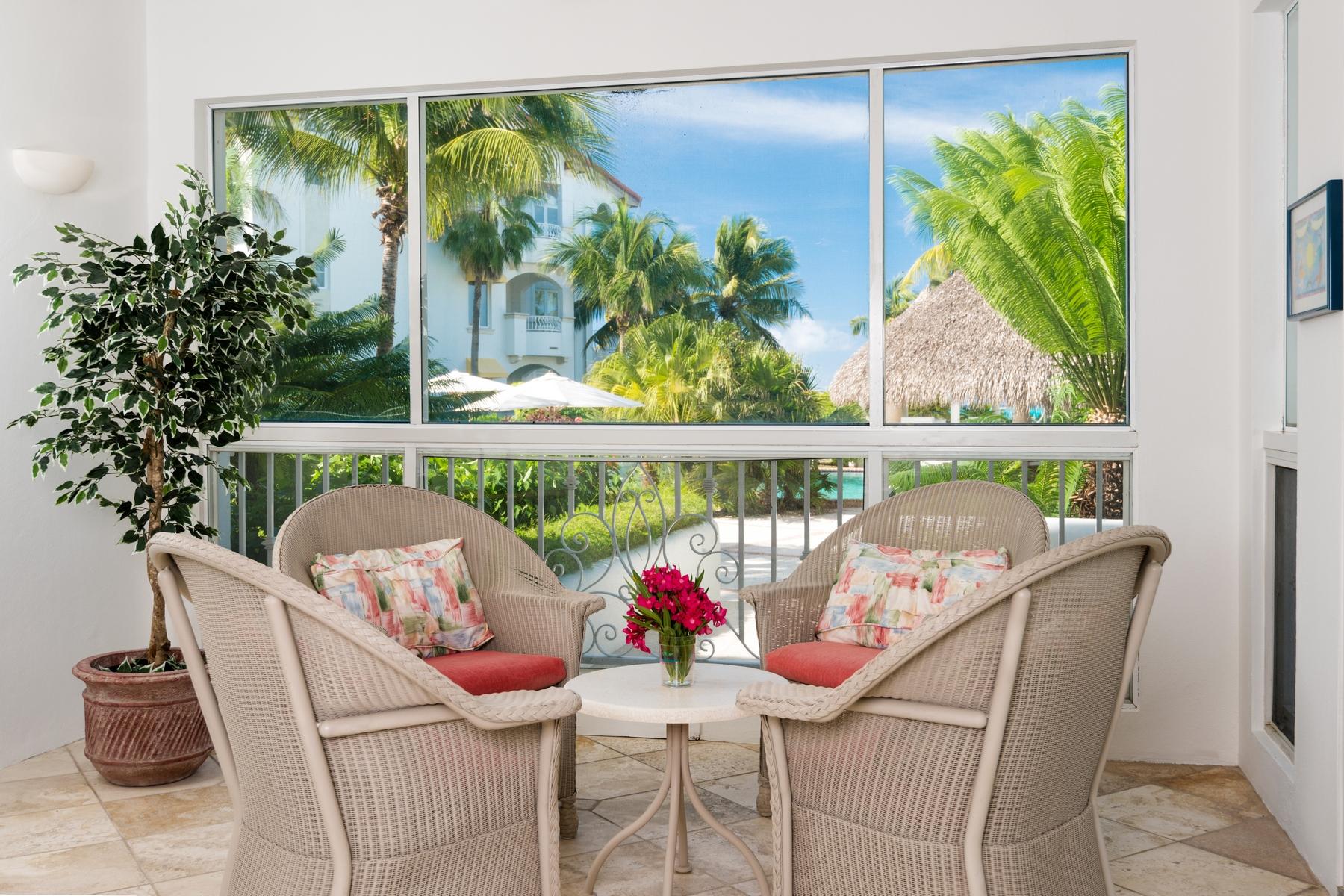 Piso por un Venta en The Mansions - Suite 1104 Beachfront Grace Bay, Providenciales TCI Islas Turcas Y Caicos