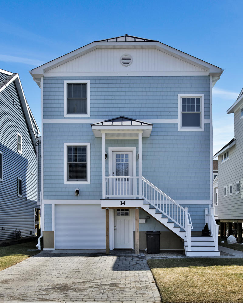 Single Family Home for Sale at The Perfect Beach Home 14 Sims Avenue Manasquan, New Jersey 08736 United States