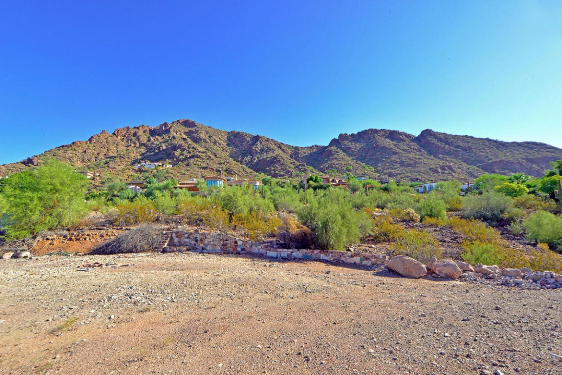 Property For Sale at Great lot on south slope of Camelback Mtn. with 360 degree views.