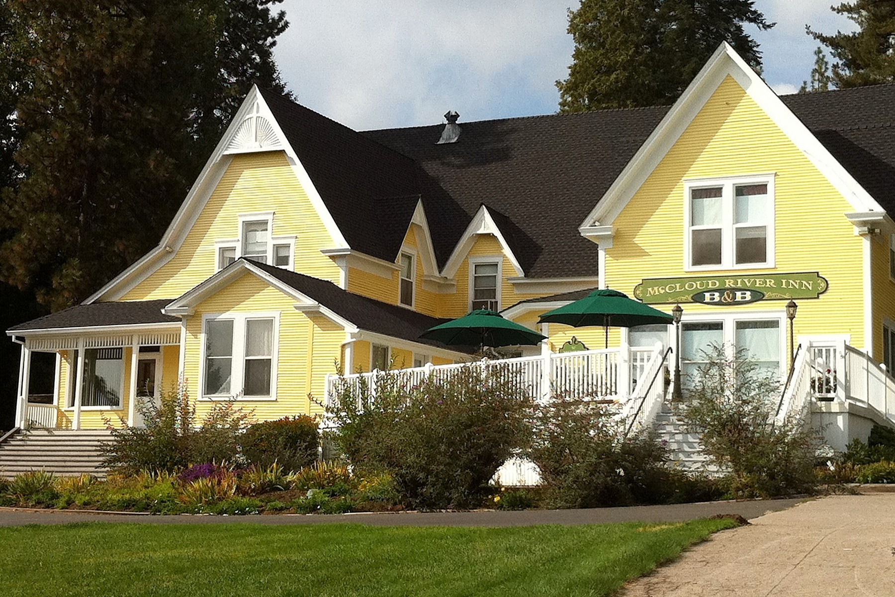 sales property at McCloud River Inn Bed & Breakfast