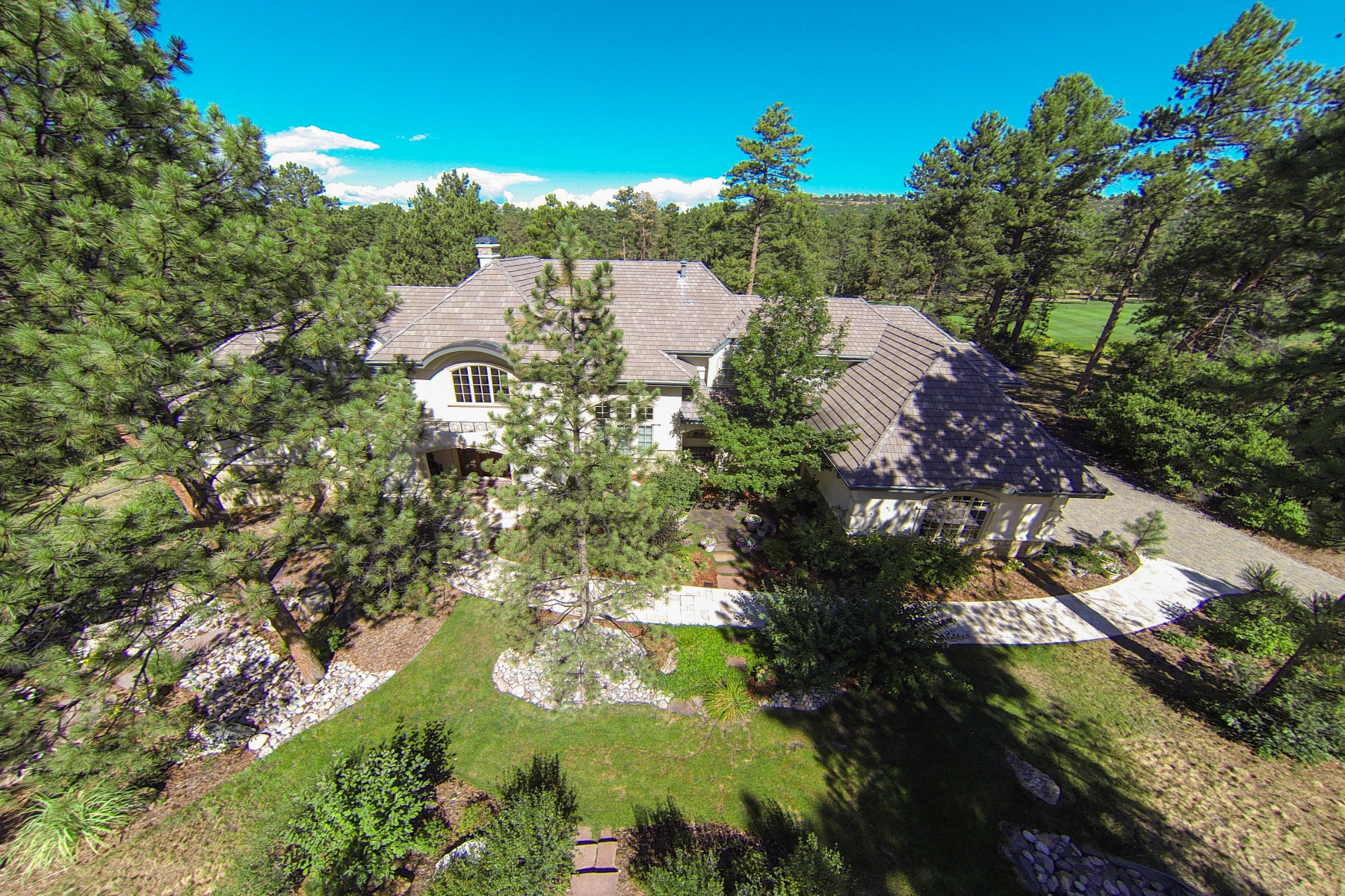 Maison unifamiliale pour l Vente à 323 Paragon Way Castle Pines Village, Castle Rock, Colorado, 80108 États-Unis