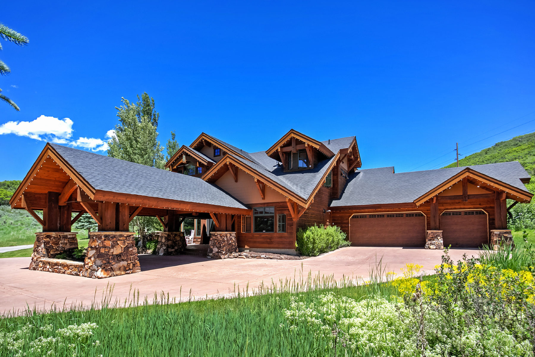 Single Family Home for Sale at Ideal Home in Deer Valley 3700 Solamere Dr Park City, Utah, 84060 United States