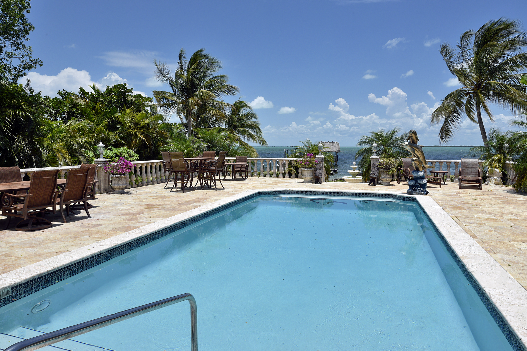 Casa Unifamiliar por un Venta en Elegance on the Bay 97240 Overseas Highway Key Largo, Florida, 33037 Estados Unidos