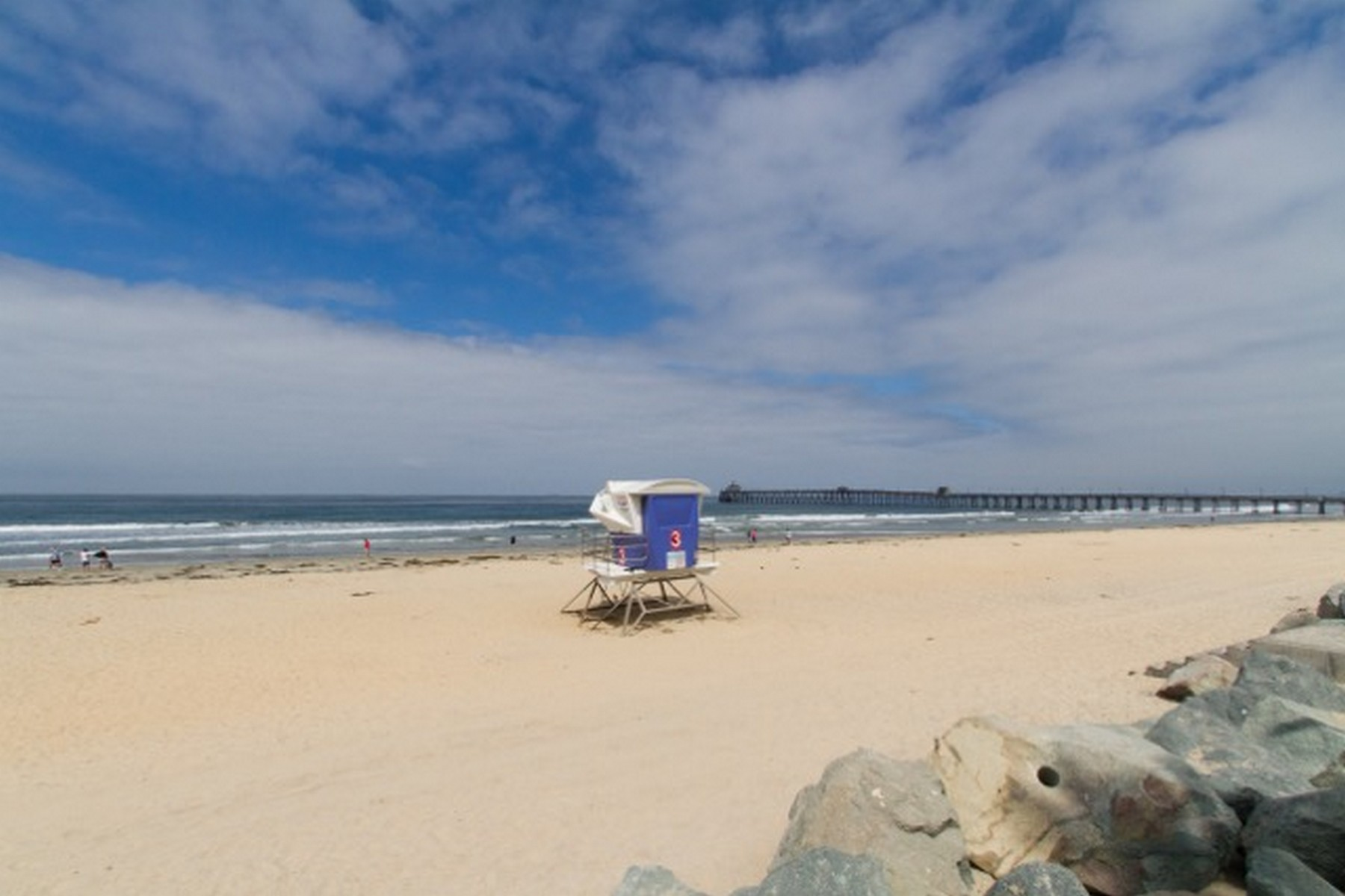 Additional photo for property listing at 2 Blocks to the Beach across from the wildlife sanctuary nature trails 318 Imperial Beach Boulevard Imperial Beach, Californie 91932 États-Unis