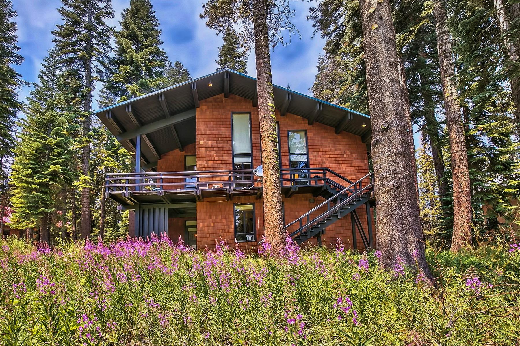 独户住宅 为 销售 在 1100 Mule Ears Drive 特拉基, 加利福尼亚州 96161 美国