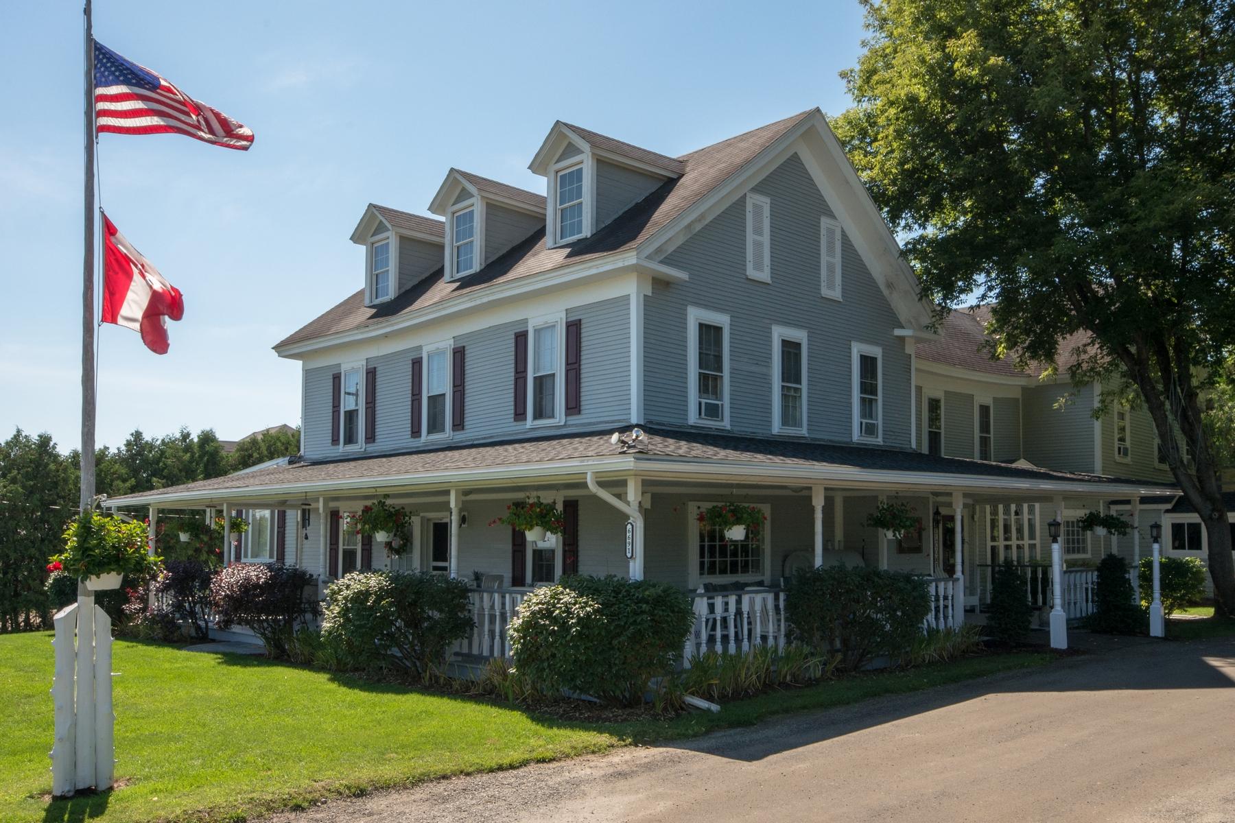 其它住宅 为 销售 在 The Westport Hotel & Tavern 6691 Main St Westport, 纽约州 12993 美国