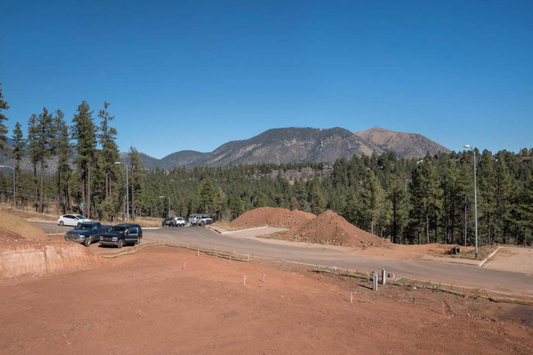 Townhouse for Sale at Magnificent San Francisco and Mt. Elden Peak views from the backside. 532 N Otto DR Lot 10 Flagstaff, Arizona 86001 United States
