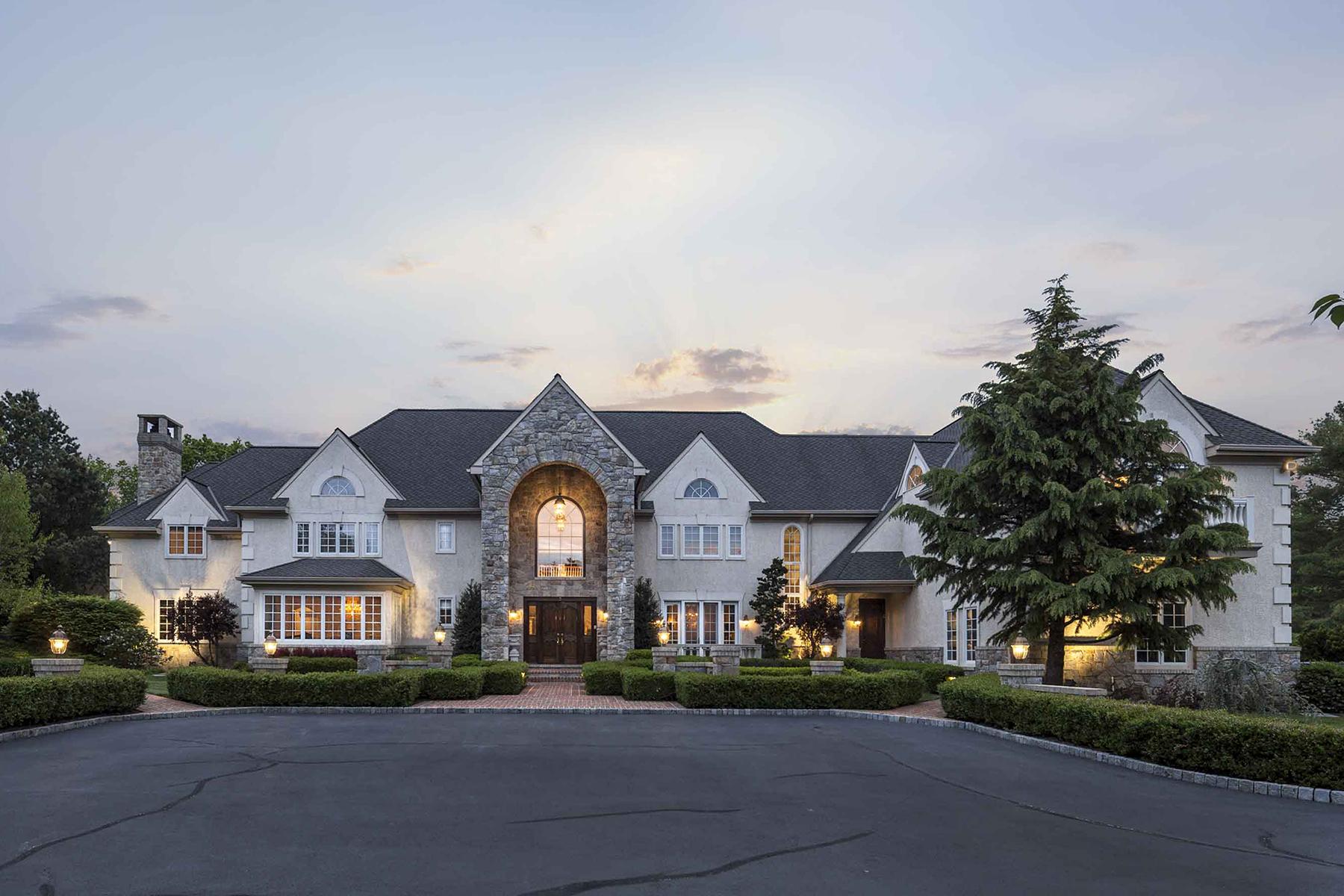 Частный односемейный дом для того Продажа на Gwynedd Valleys Finest 303 Cathcart Rd Gwynedd Valley, Пенсильвания, 19047 Соединенные Штаты