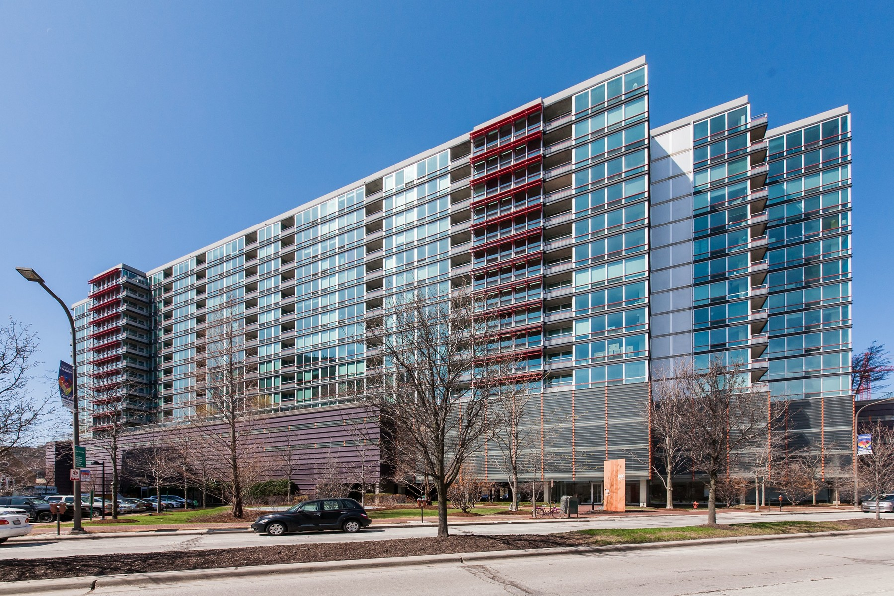 Property For Sale at Spacious Condo in Optima Horizons!