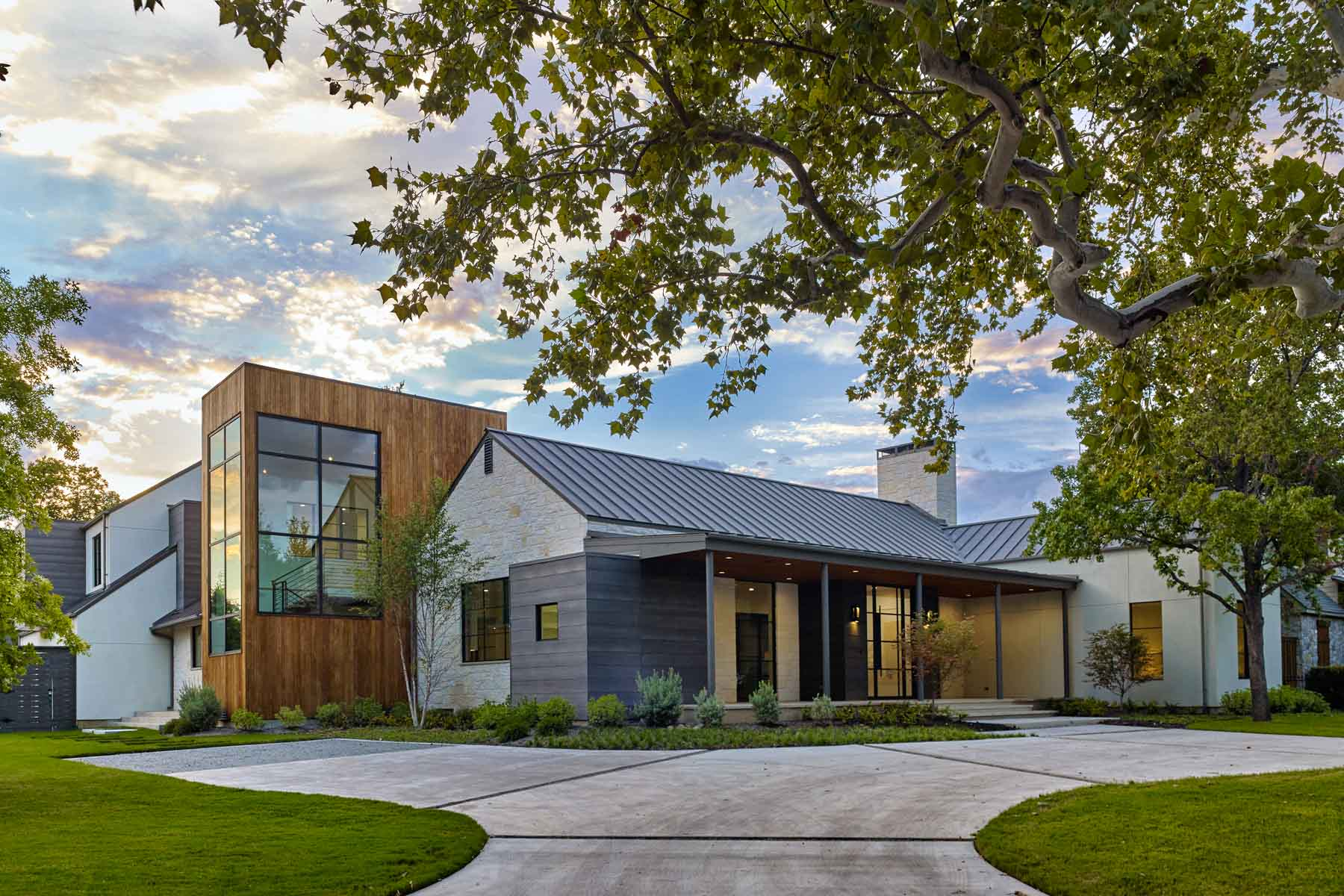 sales property at Hill Country Modern in Bluffview