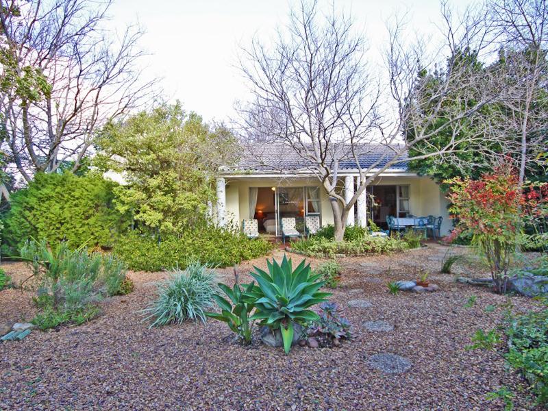 Maison unifamiliale pour l Vente à Landdrostkop Avenue Somerset West, Cap-Occidental, 7130 Afrique Du Sud