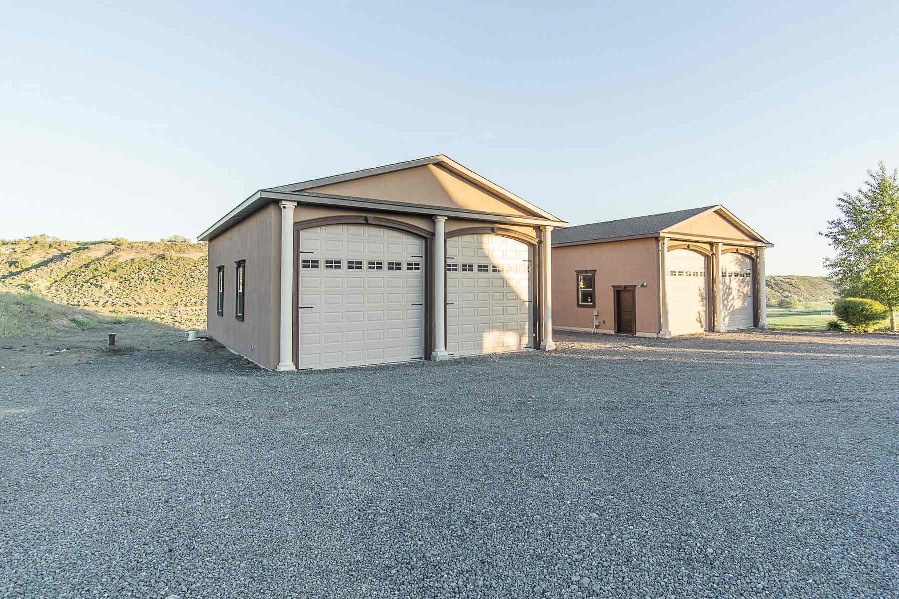 Additional photo for property listing at Stunning 49 Acre Esate 1473 E 4600 N Buhl, Idaho 83316 États-Unis