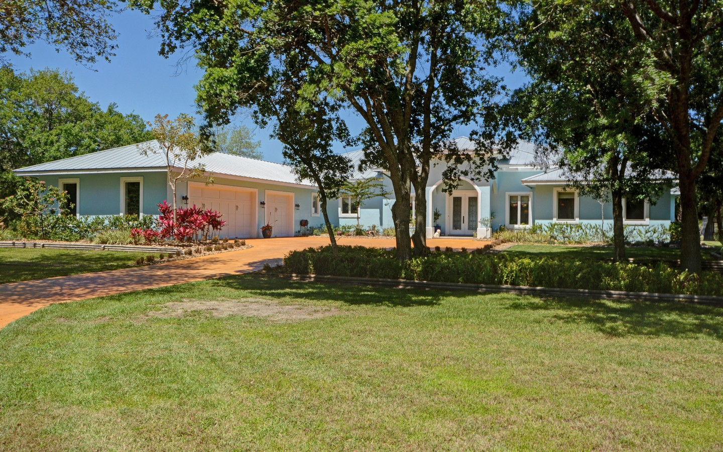 Single Family Home for Sale at Exceptional Country Home on 5 Acres 6150 8th St Vero Beach, Florida, 32968 United States