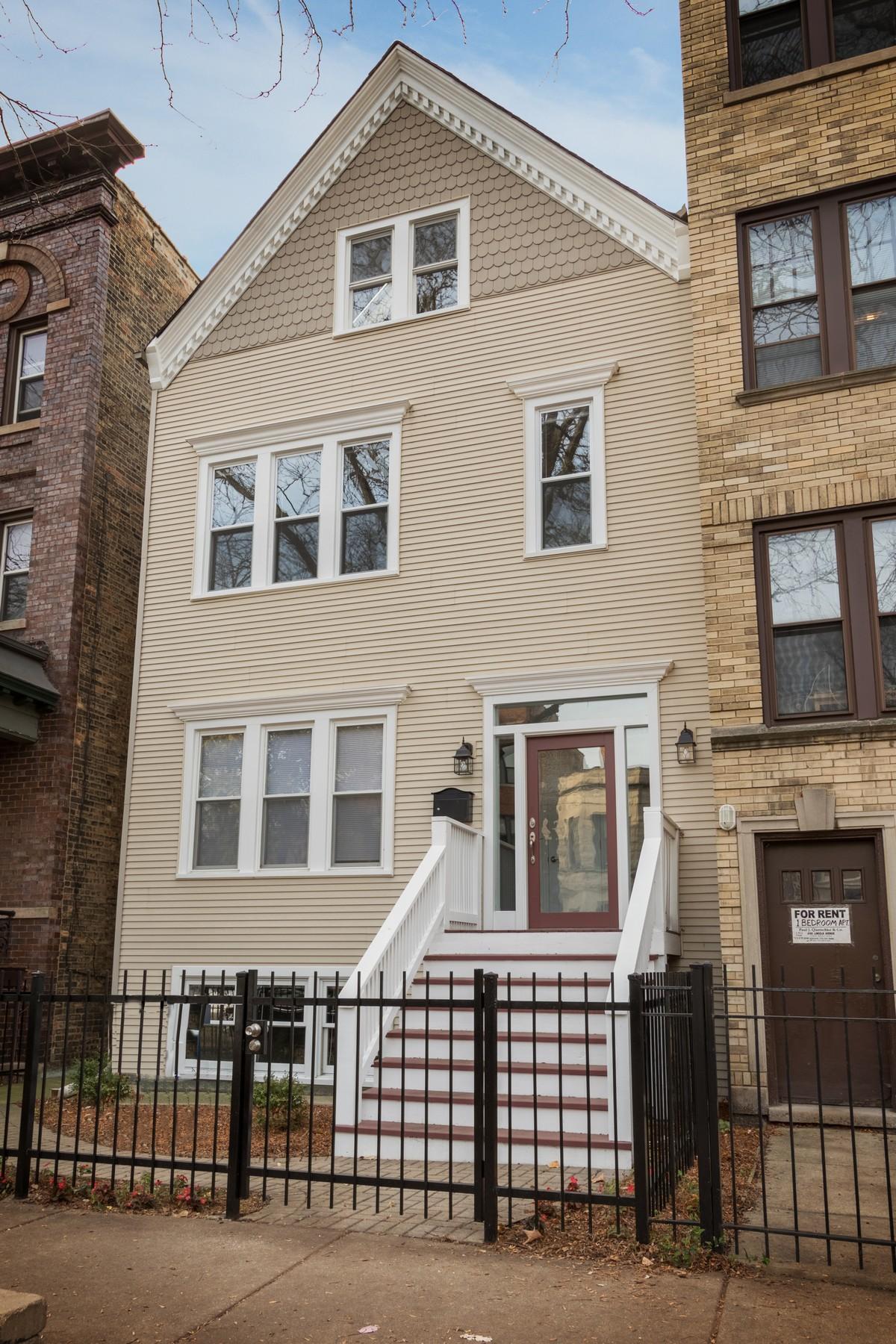 Vivienda unifamiliar por un Venta en Gorgeous Complete Renovation 3704 N Marshfield Avenue Lakeview, Chicago, Illinois, 60613 Estados Unidos