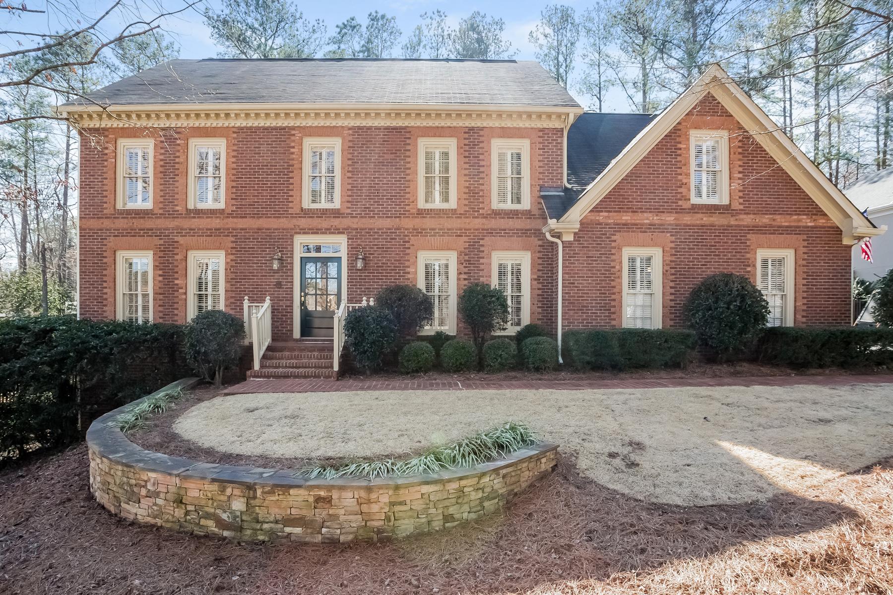 獨棟家庭住宅 為 出售 在 Beautiful Sandy Springs Traditional 2645 Braffington Court Sandy Springs, 喬治亞州, 30350 美國